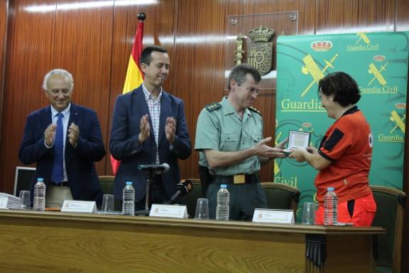 http://www.epes.es/wp-content/uploads/170616-Entrega-diplomas-curso-rcp-Guardia-Civil-04-wpcf_576x384.jpg