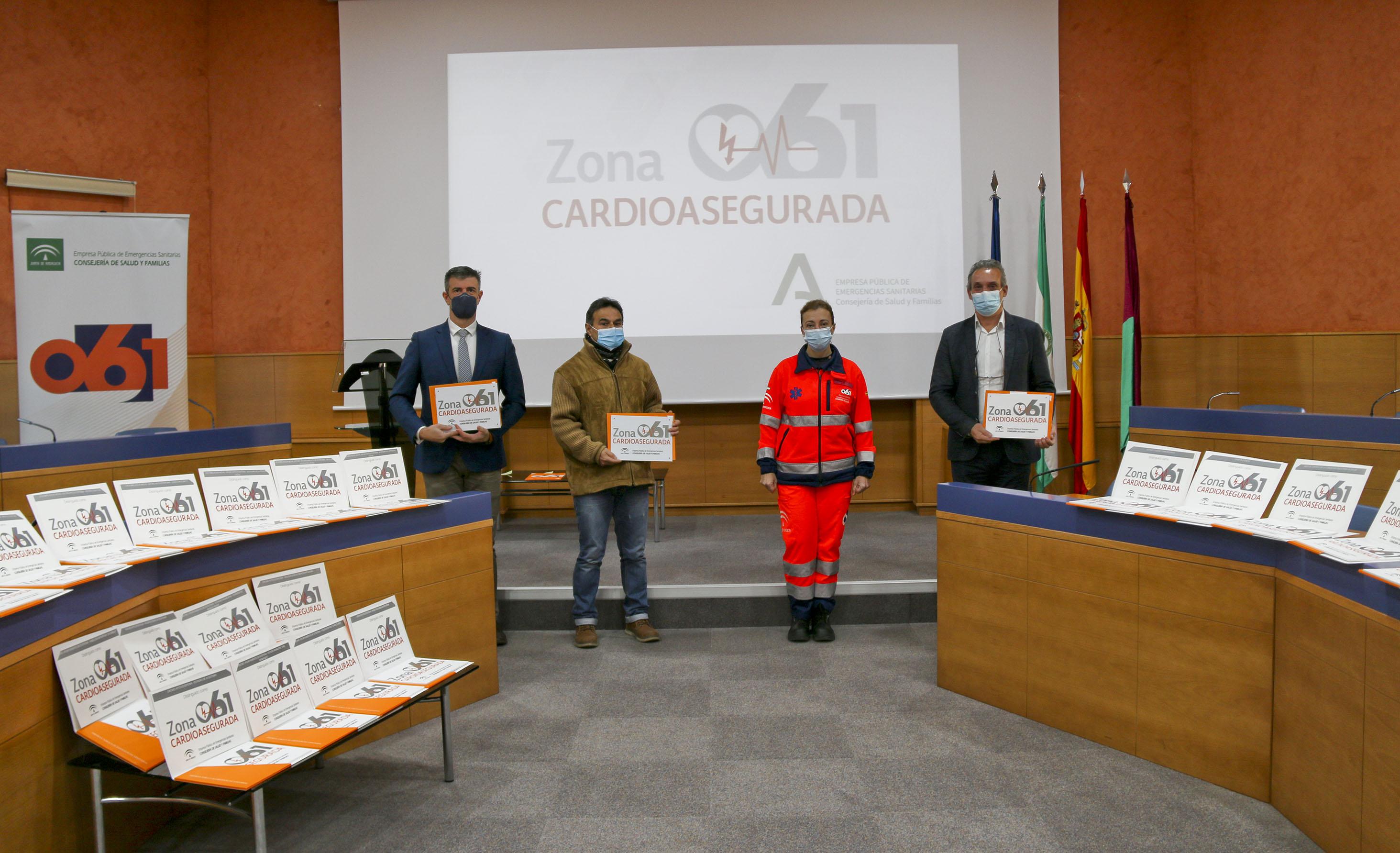 El 061 reconoce 25 zonas cardioaseguradas de las localidades de Estepona y Torremolinos